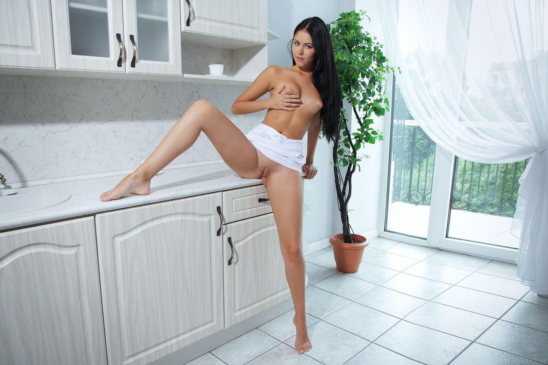 Фото бесплатно Macy B, красотка, голая, голая девушка, обнаженная девушка, позы, поза, сексуальная девушка, эротика, эротика