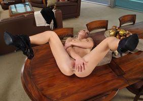 Бесплатные фото Lena Nicole,девушка,модель,красотка,голая,голая девушка,обнаженная девушка