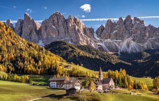 Фото бесплатно Доломитовые Альпы, горы, поля, дома, Италия