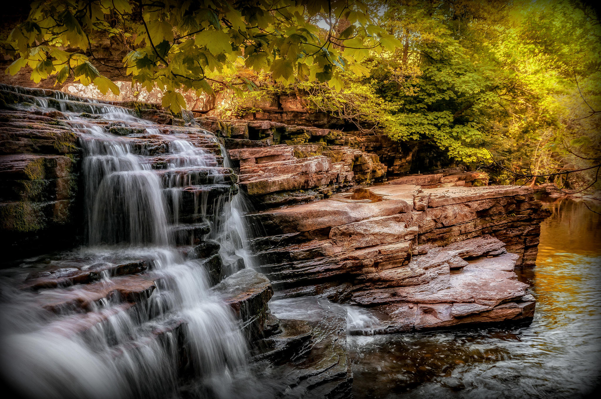 обои водопад, скалы, деревья, Йоркшир картинки фото