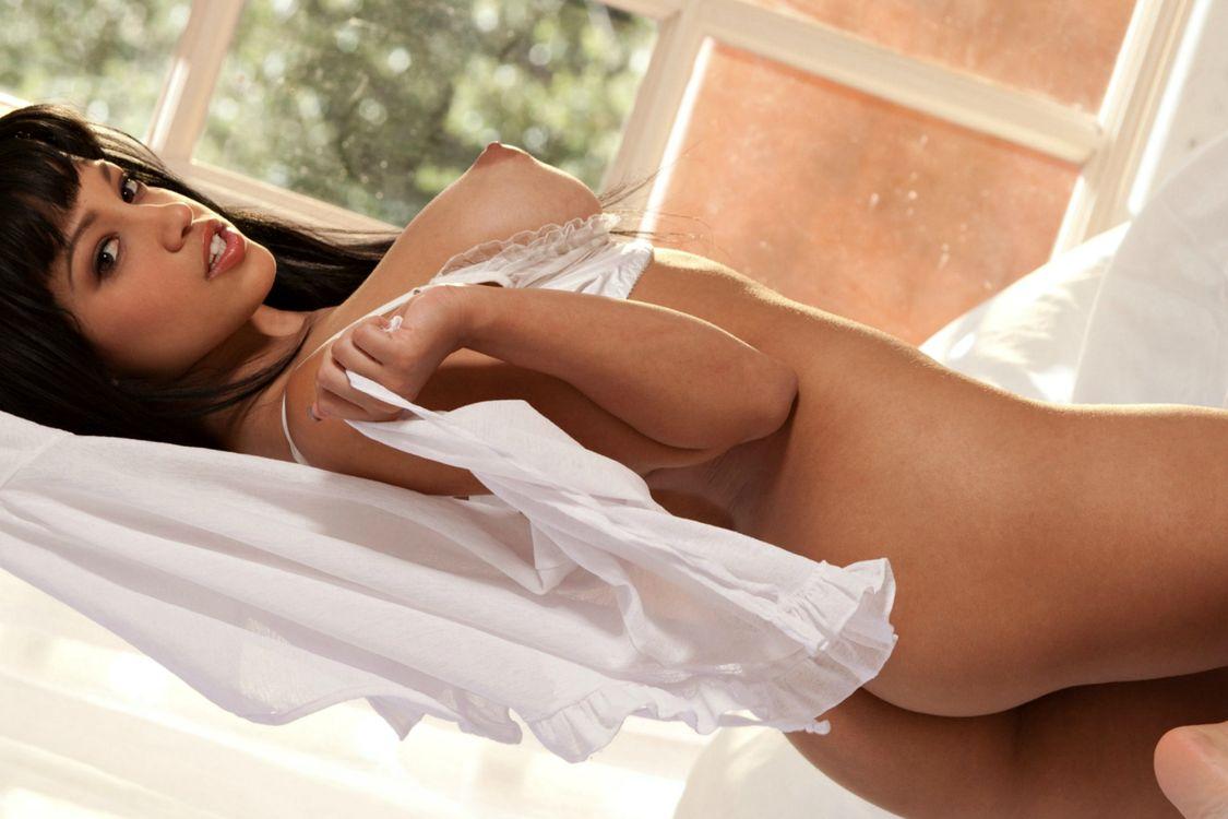 Фото бесплатно Abella Anderson, красотка, в постели, эротика