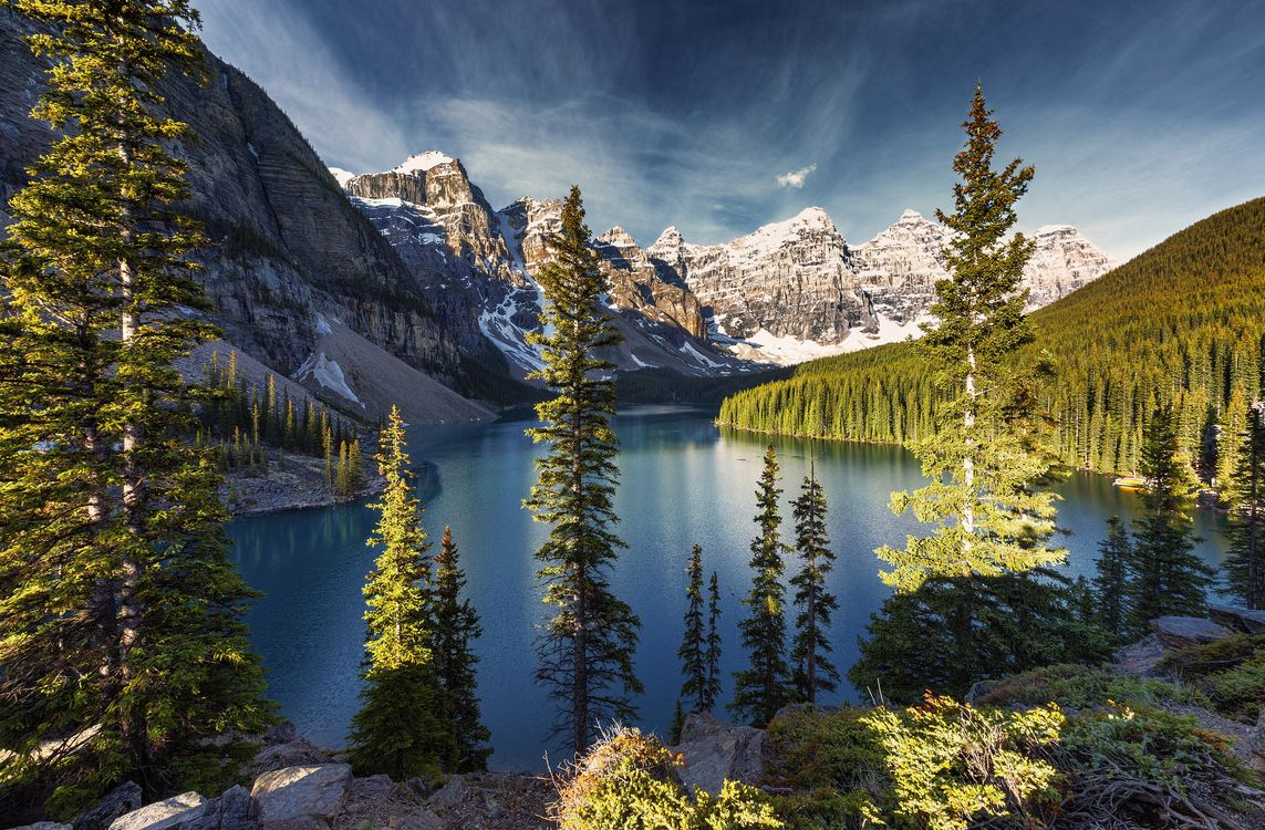 Фото бесплатно Moraine Lake, Banff National Park, Alberta, Canada, пейзажи