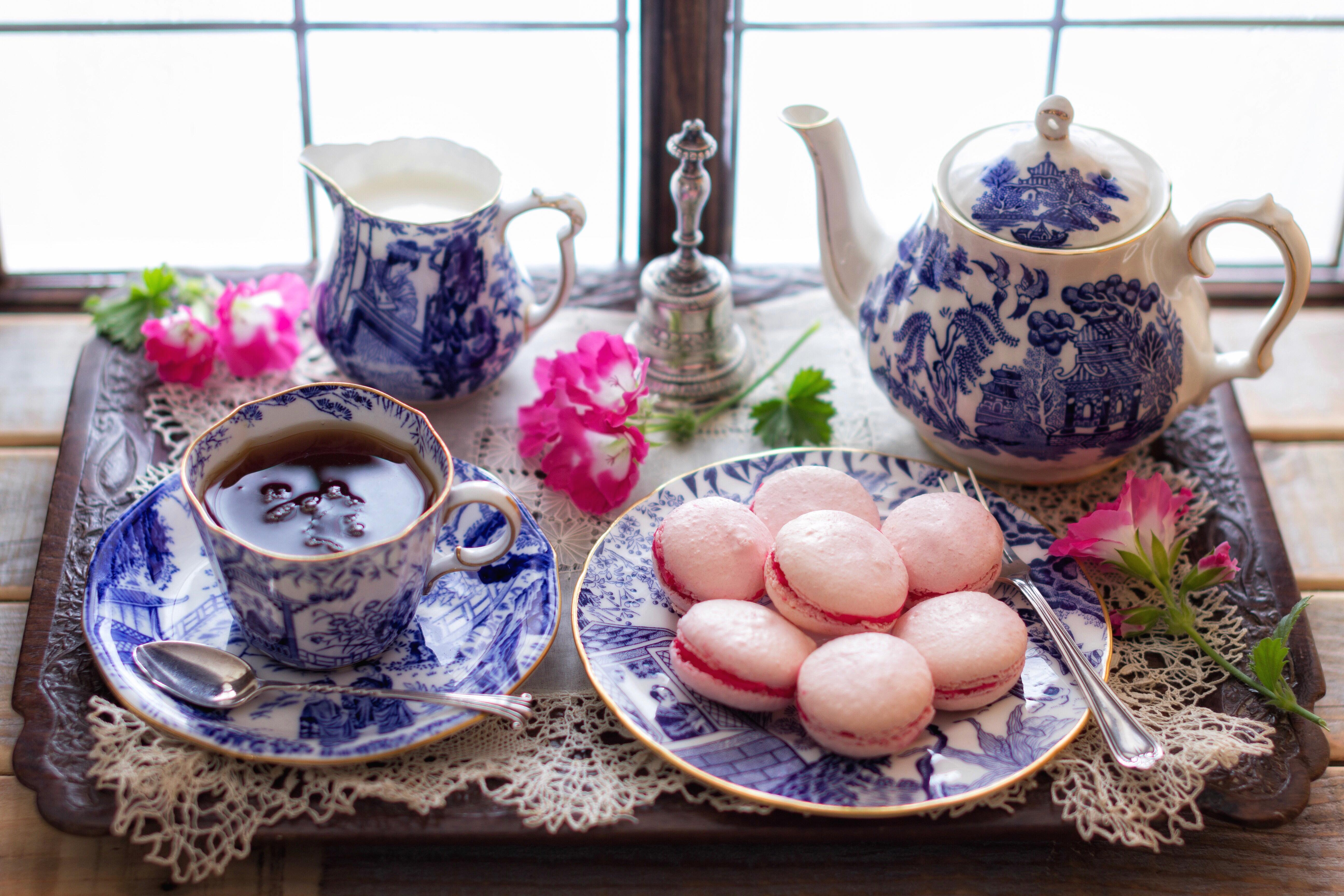 Обои чайник, чай, печенье, кружка