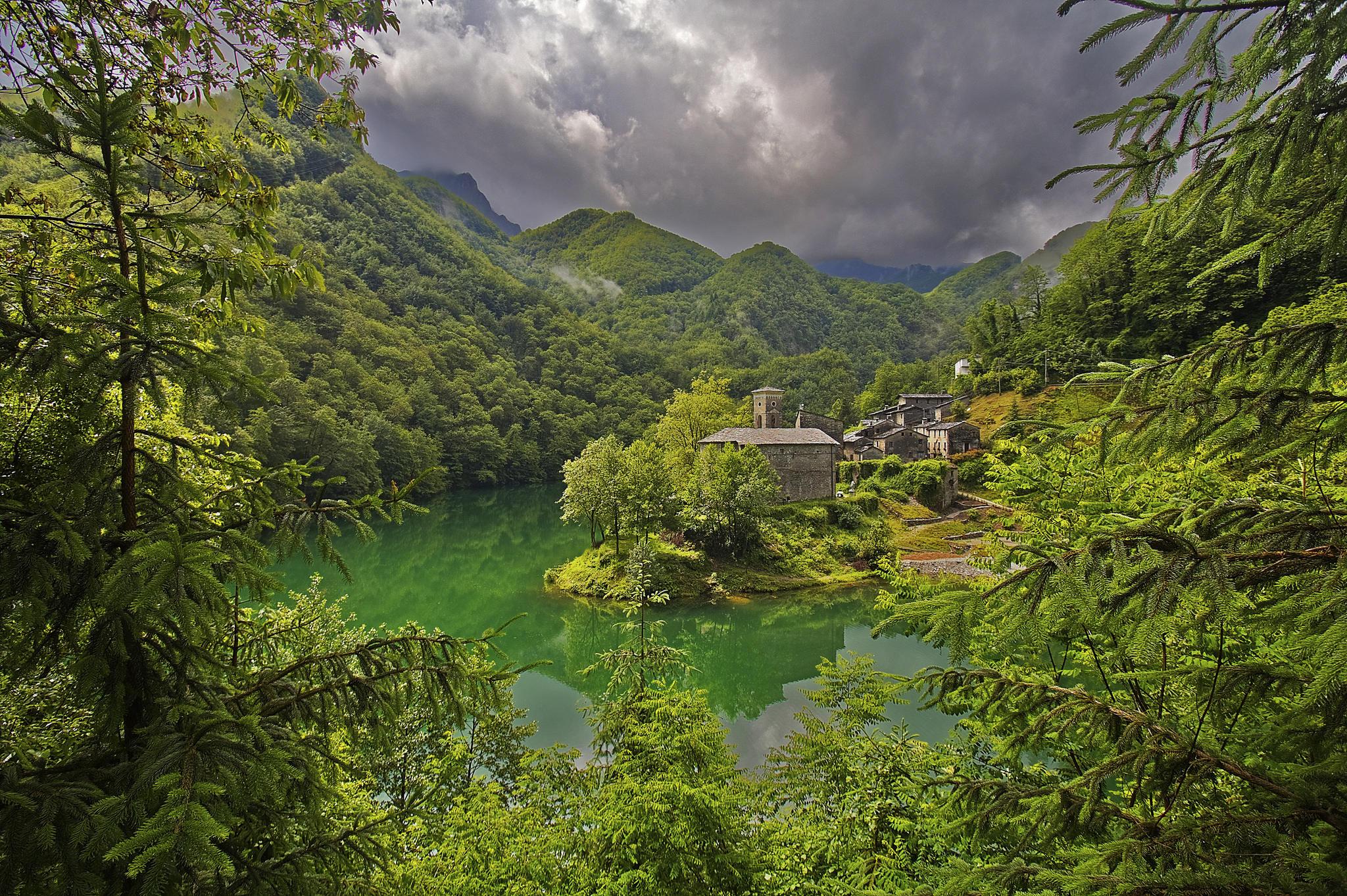 обои Lago Isola Santa, Tuscany, Italy, Озеро картинки фото