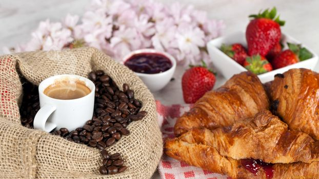 Фото бесплатно круасаны, джем, ягода