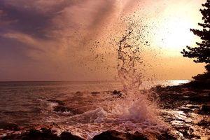 Бесплатные фото закат, море, всплеск, волны, брызги, берег, пейзаж
