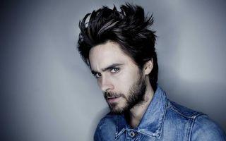Бесплатные фото актер, прическа, щетина, взгляд, куртка джинсовая