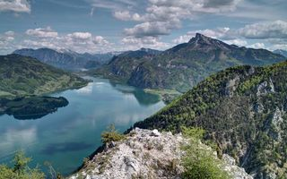 Бесплатные фото горы,скалы,лес,деревья,река,небо,облака