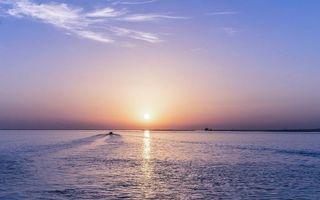 Бесплатные фото море,лодки,катер,закат