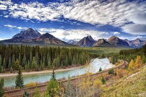 Бесплатные фото Bow River,Canada,горы,река,железная,дорога,пейзаж