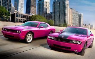 Заставки автомобили, колеса, диски, цвет, розовый, капот, крыша, улицы, дороги, асфальт, машины