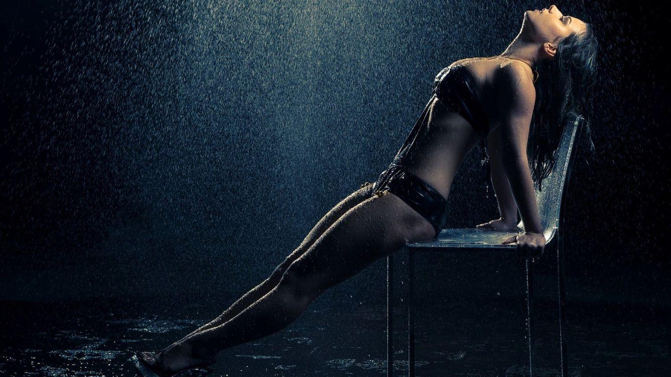 Фото бесплатно девушка, дождь, капли - на рабочий стол