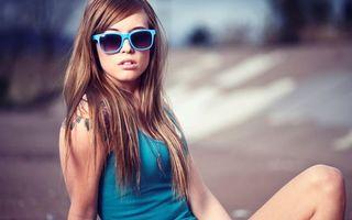 Фото бесплатно девушка, шатенка, очки