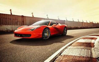 Заставки ferrari 458, спортивная, быстрая, диски, шины, красная, яркая, машины