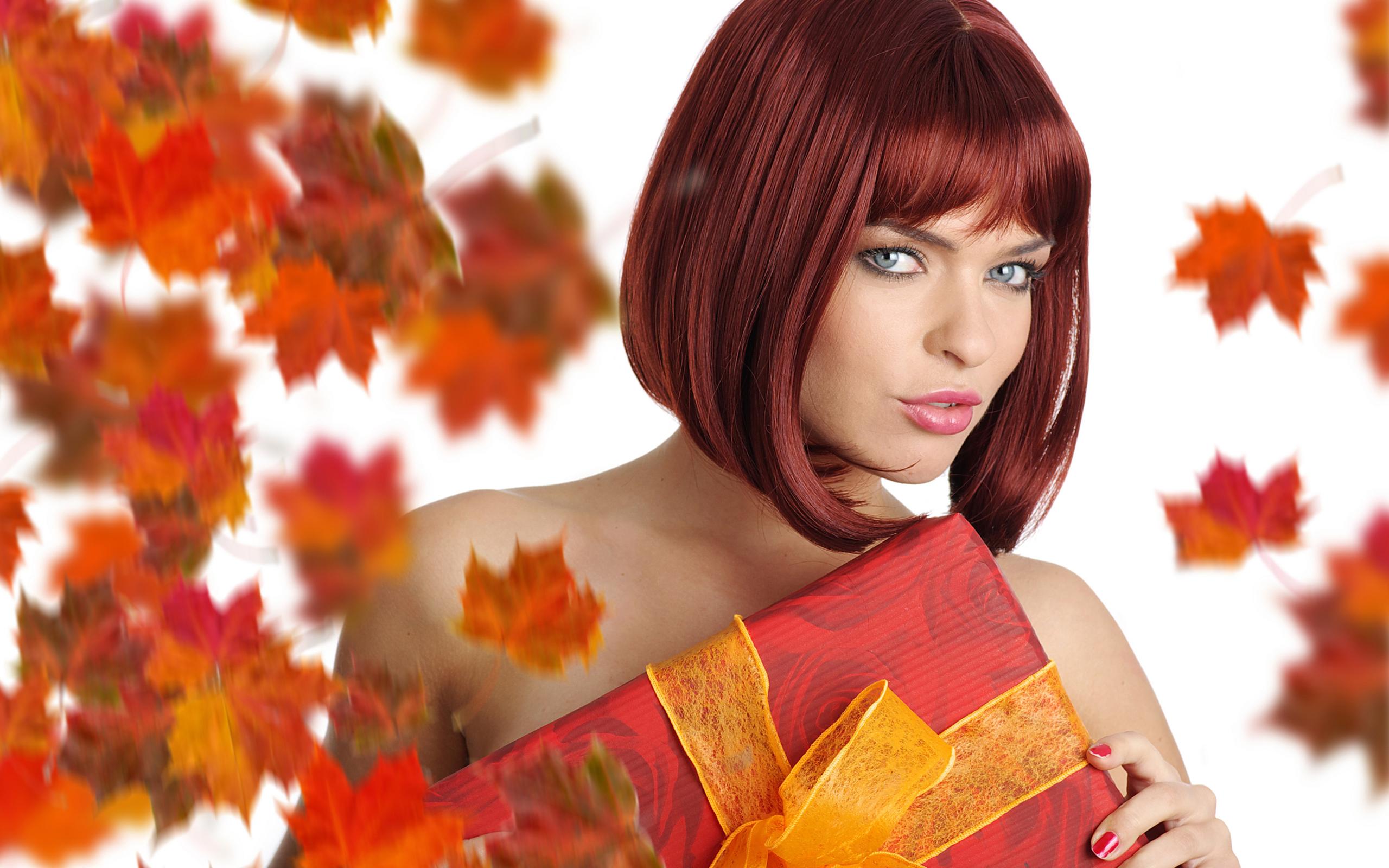 Обои девушка, рыжая, волосы, прическа