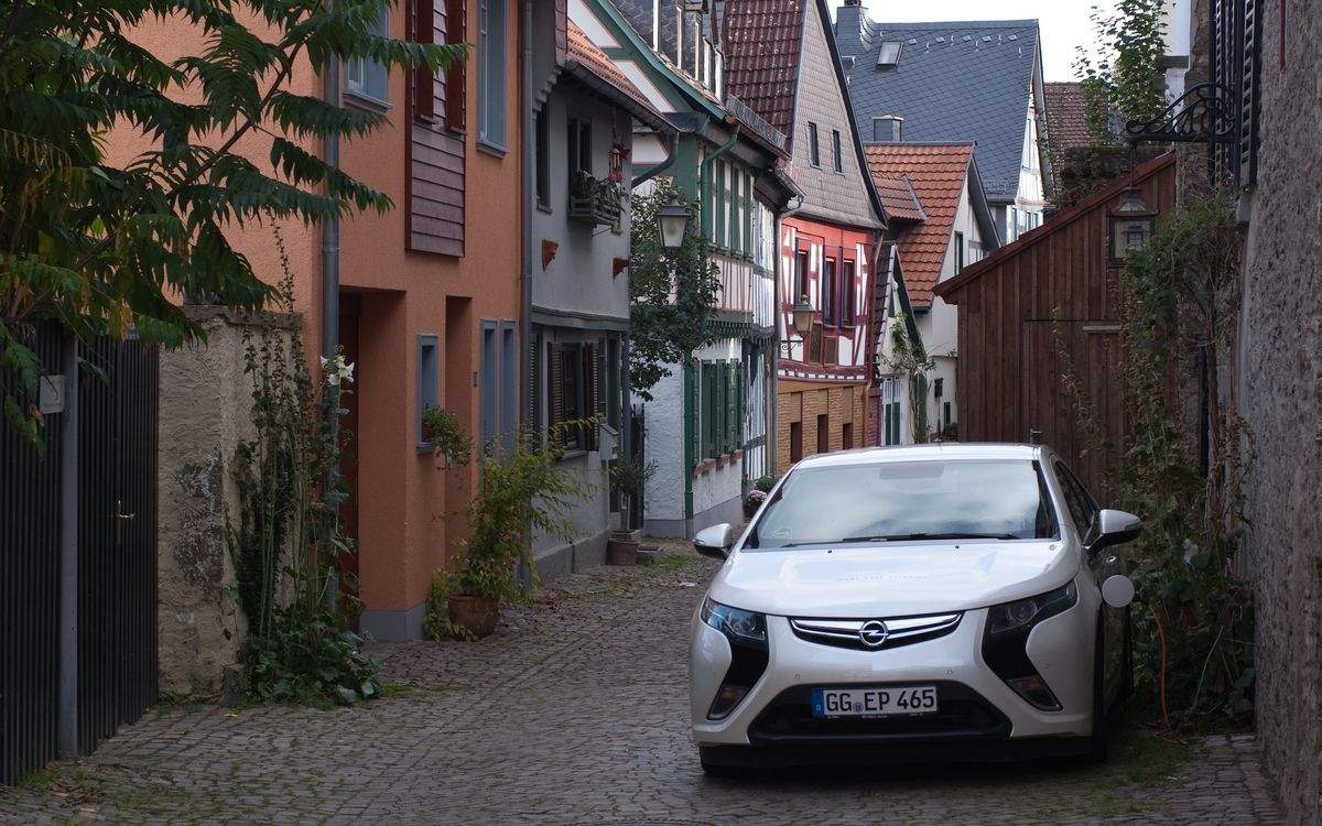 Free photo Electric vehicle, Opel, Amp re, Ampera, charging, technology, Germany - to desktop