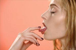 Бесплатные фото Rebecca G,Adrijana,модель,красотка,голая,голая девушка,обнаженная девушка