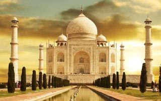 Бесплатные фото тадж махал,здание,памятник,сооружение,небо,тучи,вода