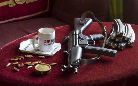Фото бесплатно автомат калашникова, патроны, магазины