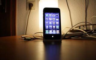 Бесплатные фото айфон,эпл,дисплей,экран,провода,штекер