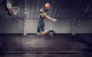 Фото бесплатно баскетболист, кольцо, мяч