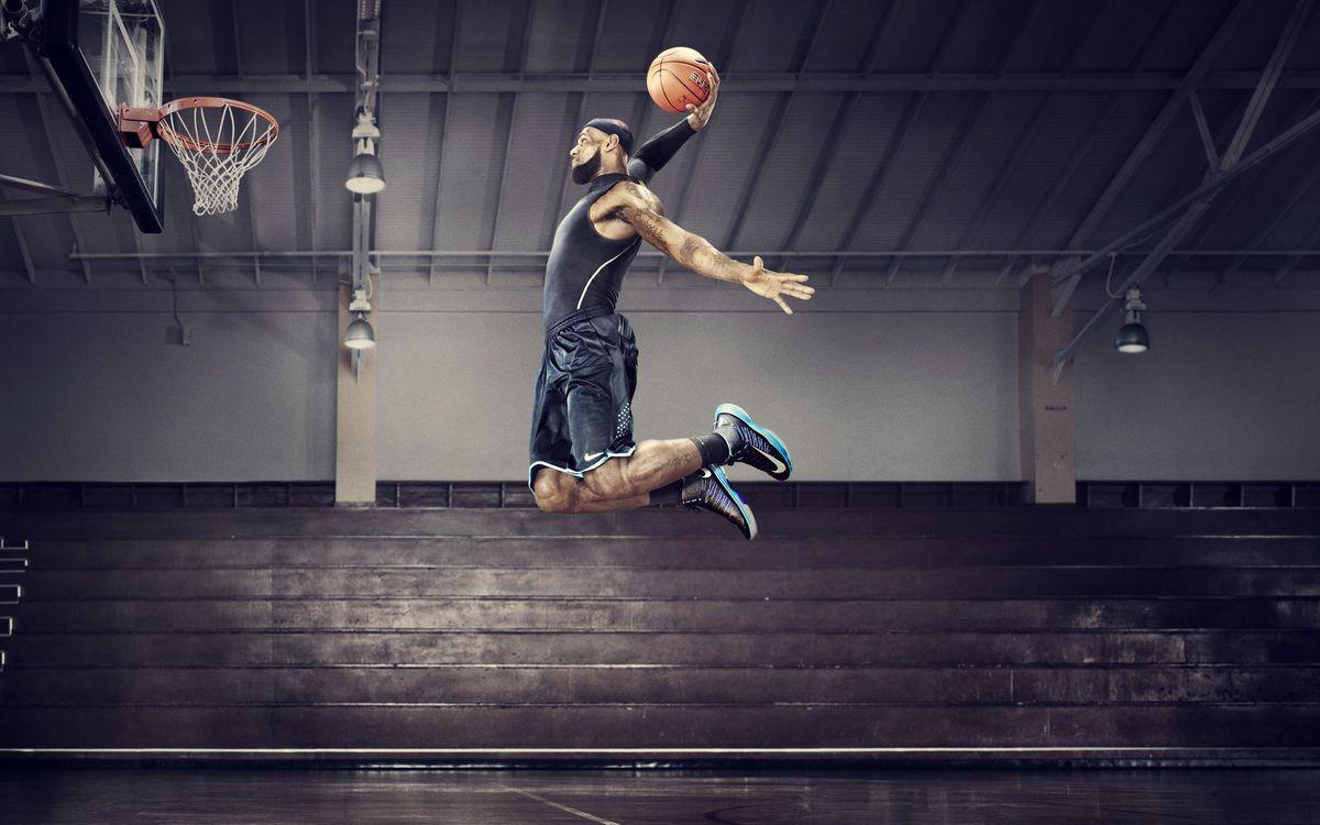 Фото бесплатно баскетболист, кольцо, мяч, прыжок, трибуны, спорт, спорт - скачать на рабочий стол