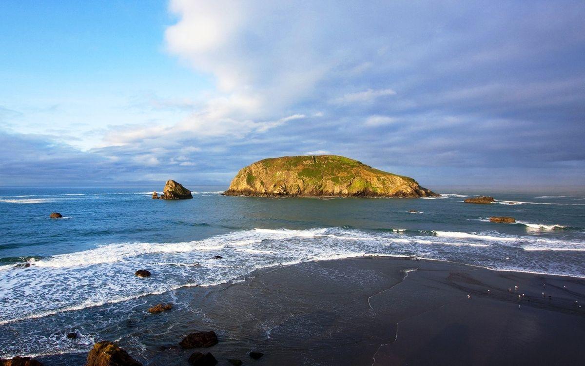 Фото бесплатно море, камни, берег, небо, облака, песок, природа - на рабочий стол
