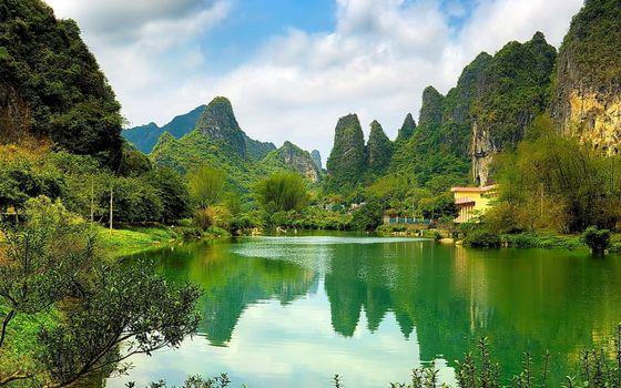 Photo free lake, green, reflection