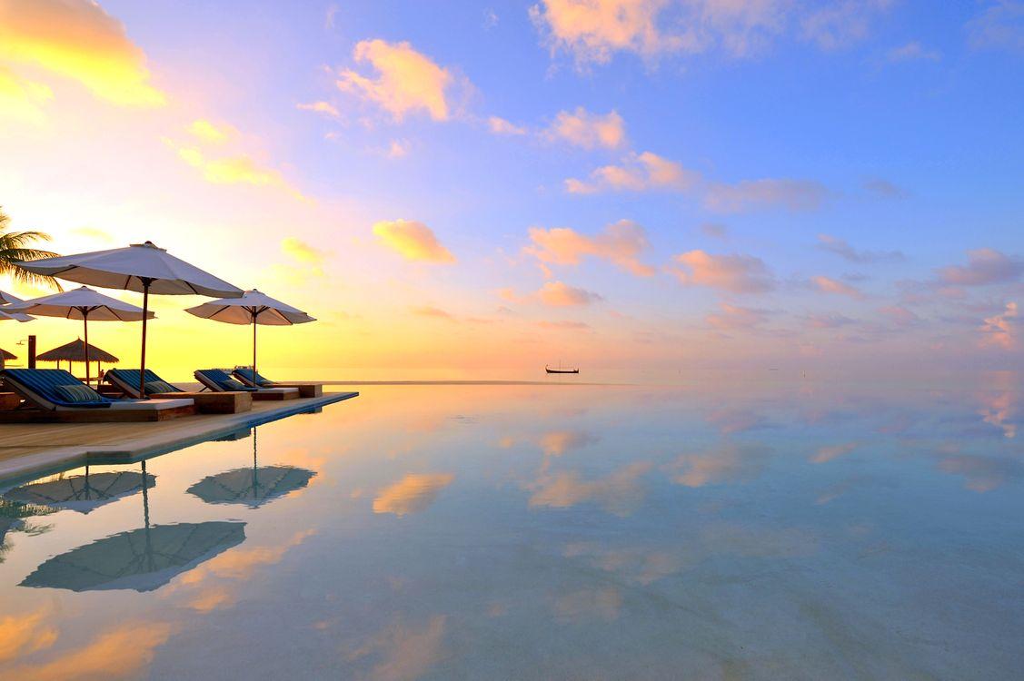 Фото бесплатно тропики, мальдивы, море, лодка, курорт, бассейн, закат, пейзажи, пейзажи