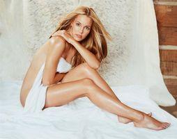 Бесплатные фото леслі біб, актриса, дівчина, красива, біле, ліжко, девушки