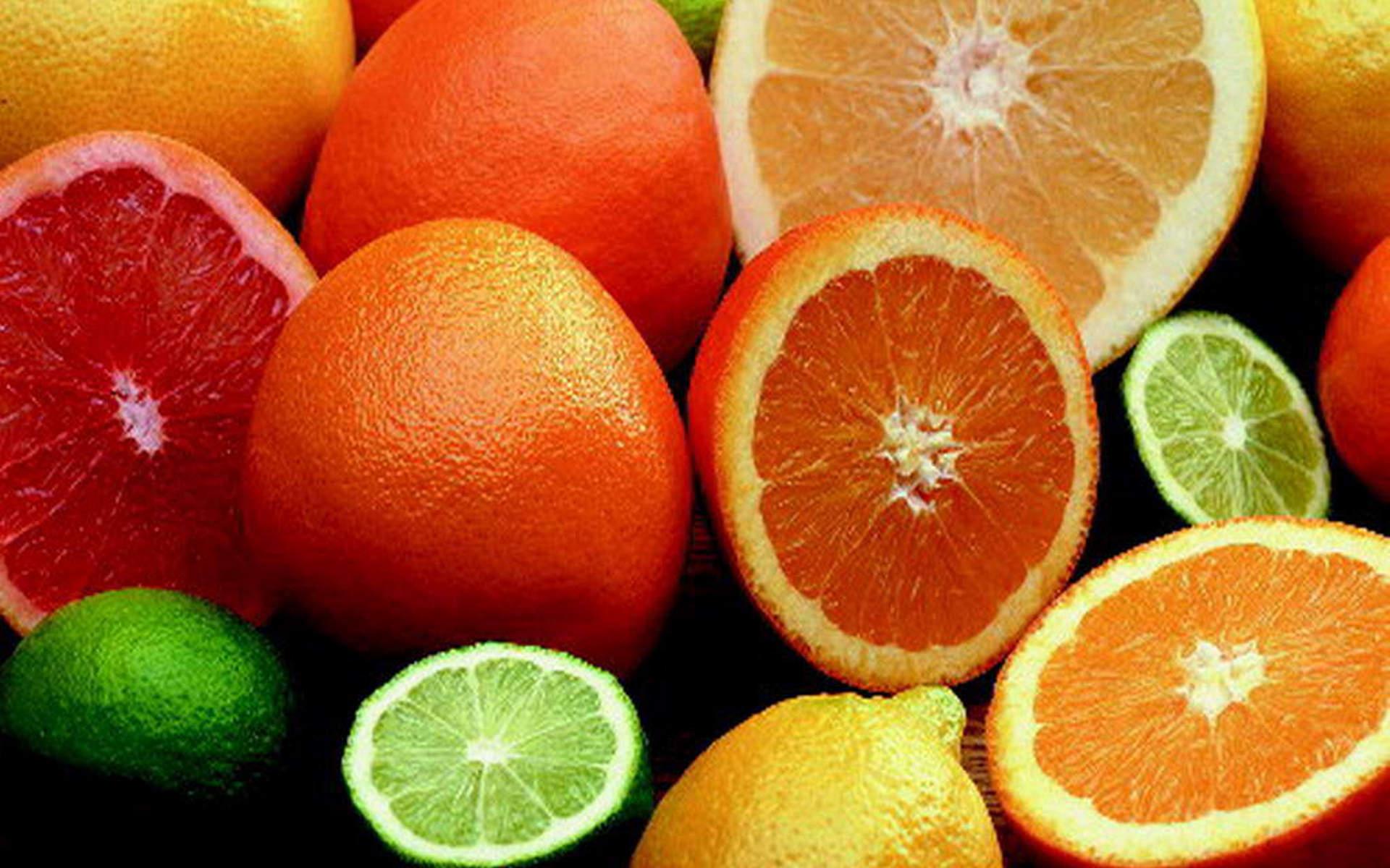 апельсины, лимоны, лайм
