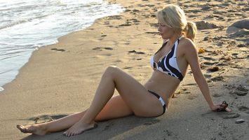 Фото бесплатно gemma garrett, блондинка, купальник