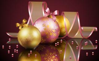 Бесплатные фото шары,украшение,ленточка,бусинки,отражение,снежинки,бантики