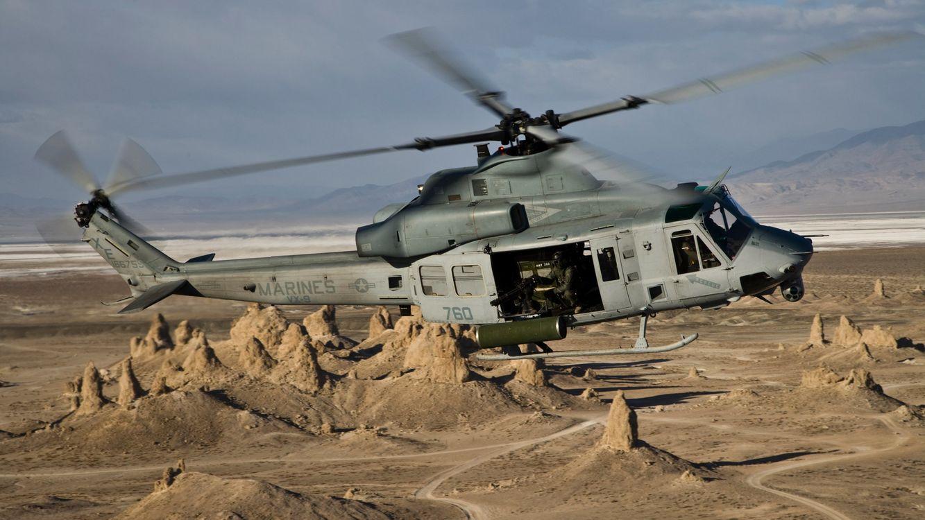 Фото бесплатно вертолет, военный, небо, горы, песок, лопасти, авиация - на рабочий стол