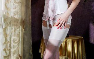 Фото бесплатно девушка, корсет, чулки