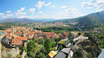Бесплатные фото дома, крыши, горы, лес, небо, облака, город