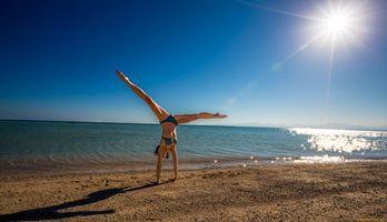 Фото бесплатно фигура, купальник, песок