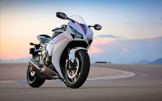 Бесплатные фото honda,белый,дорога,мотоциклы