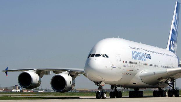 Airbus A380 · бесплатное фото