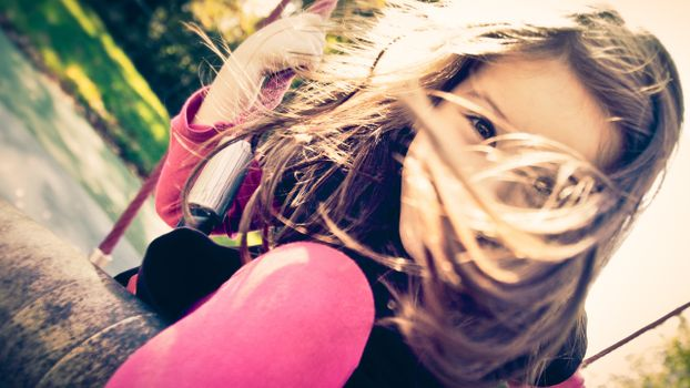 Фото бесплатно девочка, качели, strawberry swing