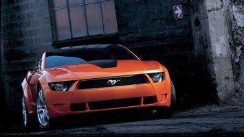 Обои автомобиль, оранжевый, колеса, шины. диски, фары, капот, багажник, крыша, дверка, дорога, машины
