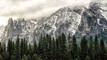 Бесплатные фото горы,скалы,камни,снег,деревья,облака,пейзажи