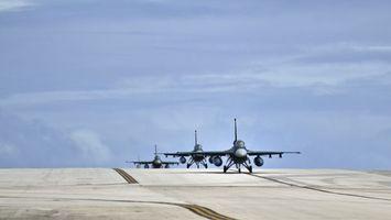 Фото бесплатно самолеты, военные, шасси