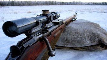 Бесплатные фото винтовка,прицел,снайперский,снег,затвор,лес,деревья