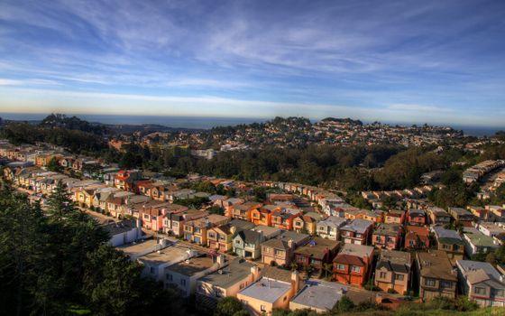 Бесплатные фото городок,дома,крыши,улицы,деревья,небо,город