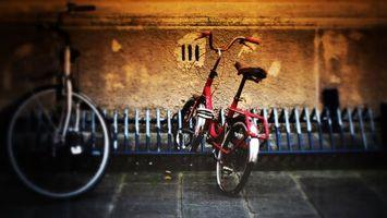 Бесплатные фото велосипед,замок,колесо,красный,тротуар,стена,руль