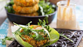 Photo free greens, salad, minced meat