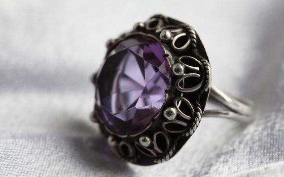Бесплатные фото кольцо,украшения,камень.аметист,серебро