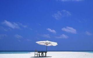 Заставки горизонт, небо, песок, пляж, лето, отпуск, стул