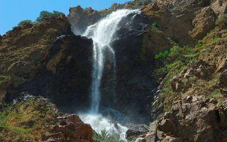 Бесплатные фото горы,скалы,камни,вода,трава,склон,утес